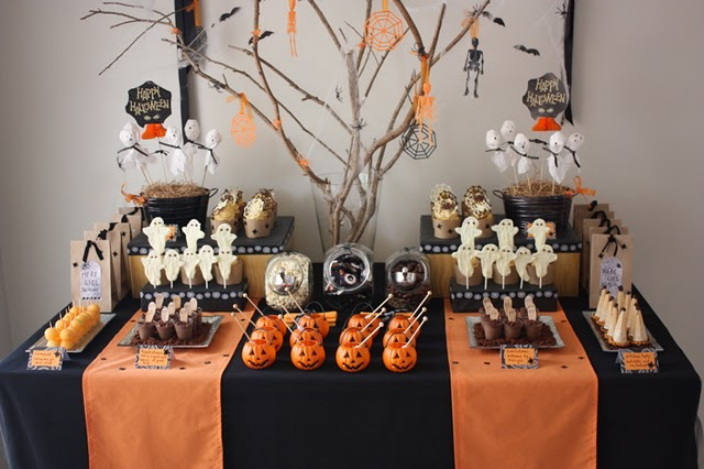 halloween table home made parties