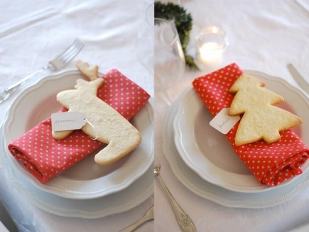 Biscotti in pasta frolla, l'armonia è perfetta anche con tovaglioli bianchi o color canapa.