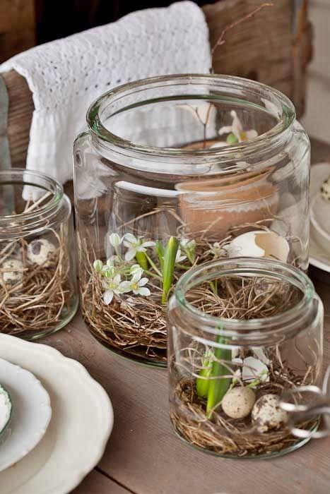 Semplicissimi da fare questi vasetti da cucina con fiori e gusci