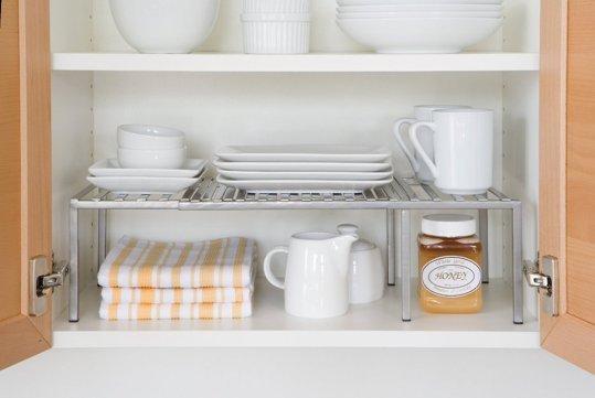 Idee salvaspazio per piccole cucine - Mensola cucina ikea ...