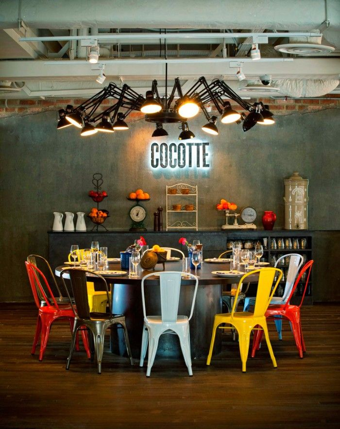 Tavoli E Sedie Vintage.Un Mix Di Vintage E Industrial