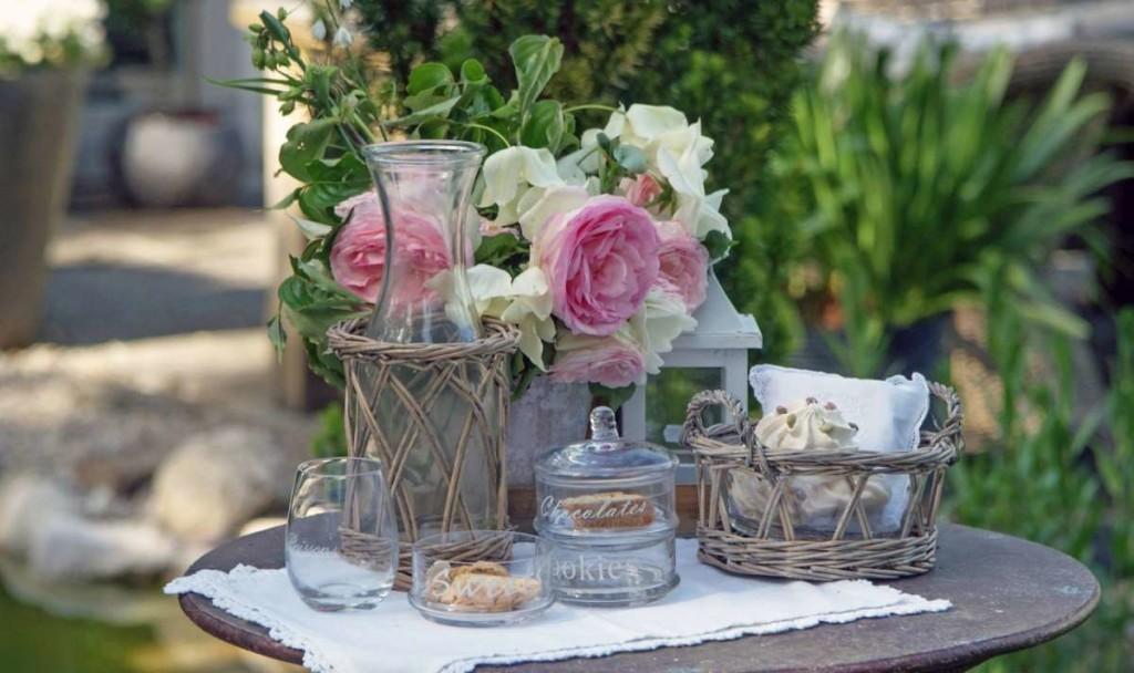 accessori-vintage-per-la-tavola_caraffa_vimini